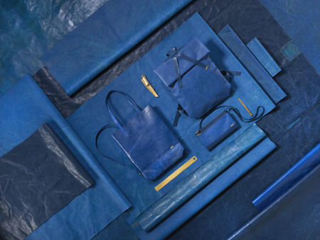 01-true-blue2_olivernanzig